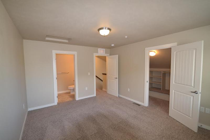 Breckenwood Townhomes 10