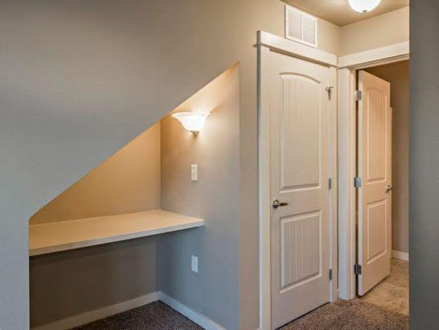 Breckenwood Townhomes 6